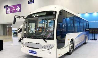 沂星8.9米纯电动公交客车亮相2018年釜山国际车展