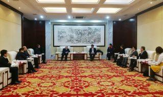 日本北九州市环境保护局亚洲低碳中心国际推进中心科科长安武宏一行到沂星公司考察并洽谈合作