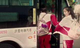 """电视剧版《快把我哥带走》,沂星12米纯电动公交车""""客串出演"""""""